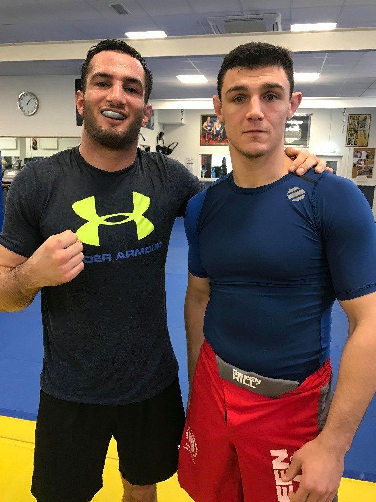 Gegard met trainingspartner en UFC vechter uit Italië Alessio di Chirico